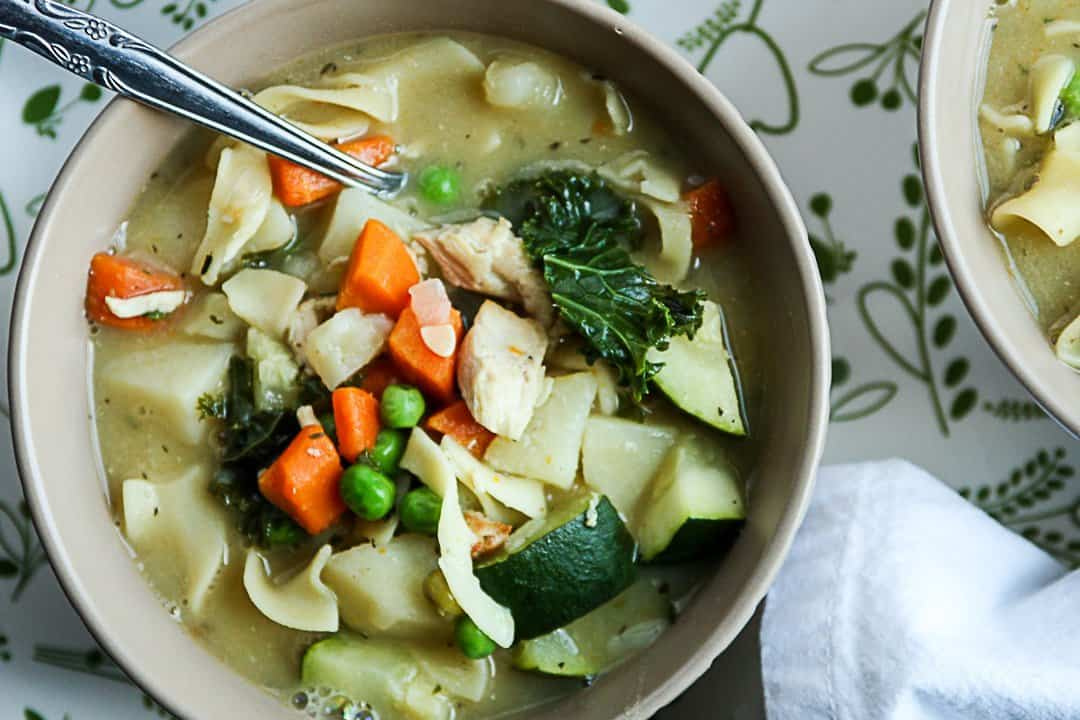 Chicken noodle soup recipe chicken soup with vegetables for What vegetables to put in chicken noodle soup
